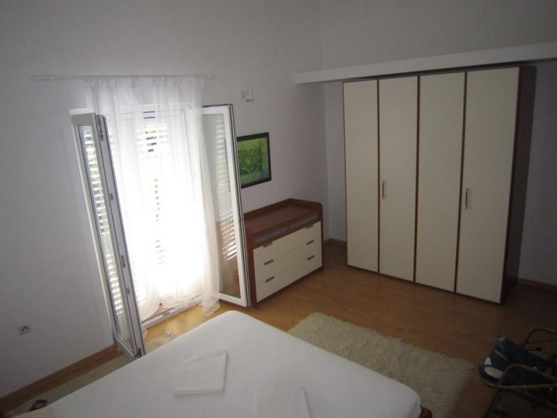 05d Bedroom 1